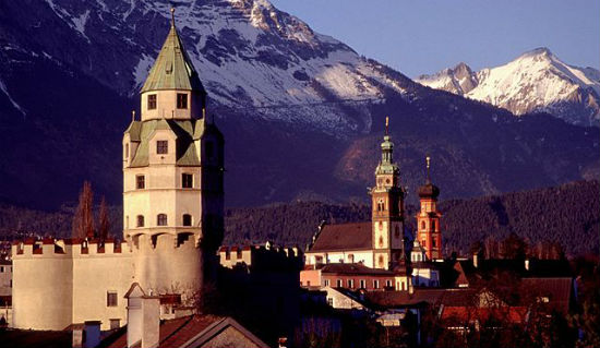 Tirol_Hall